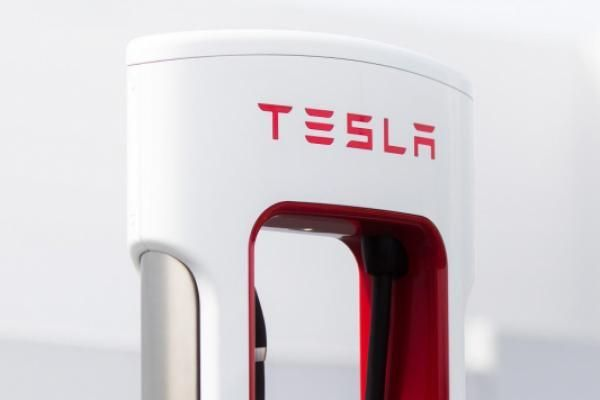 Tesla Reaches 6,000 Supercharger Installs In China