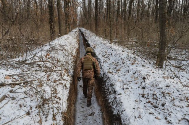 Ukraine says Russian military buildup threatens its security