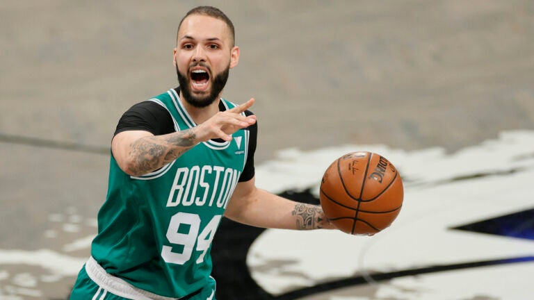 Evan Fournier reportedly signs with Knicks, Celtics unwilling to offer four-year deal